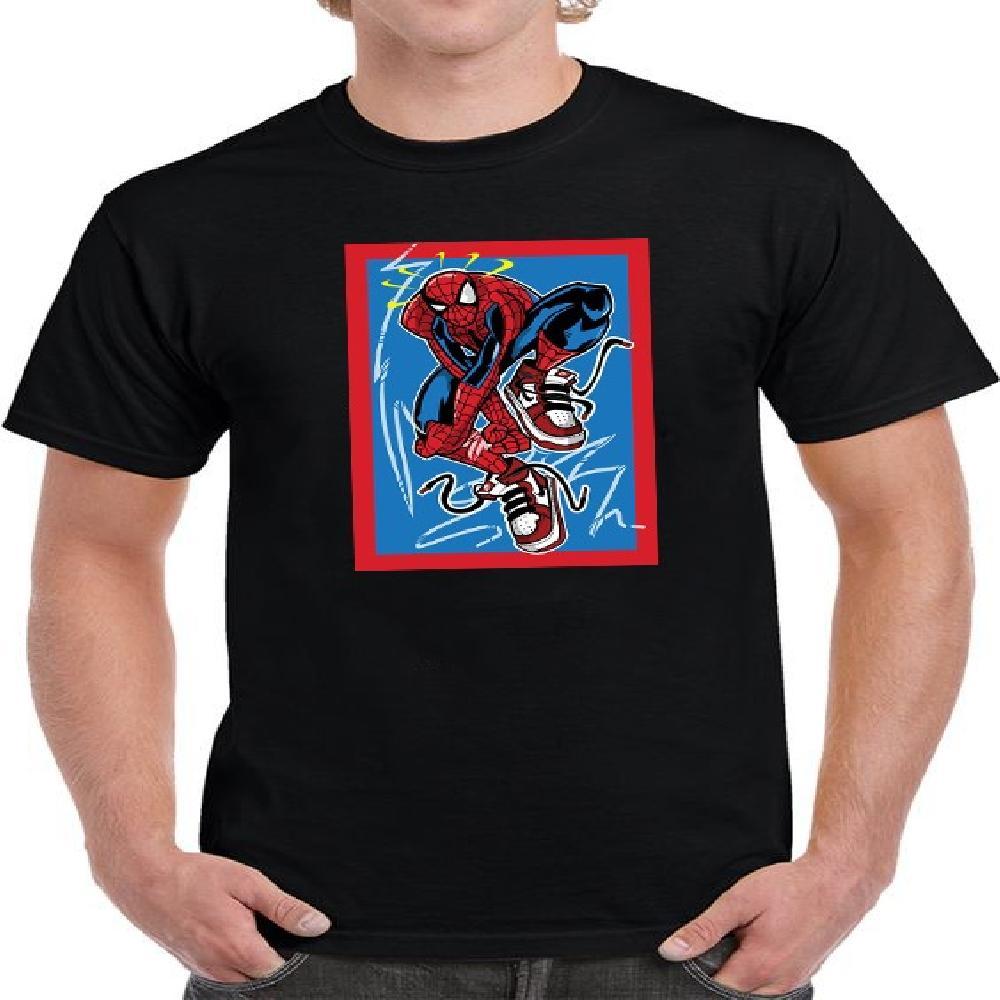 Suerte de hombre con estampado de Spiderman