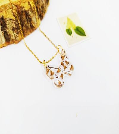 Collar Mariposa Floral