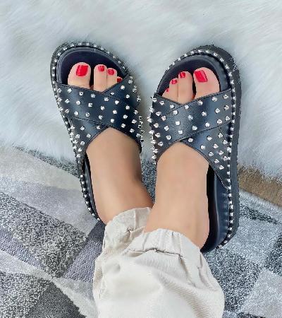 Sandalias de taches plateados