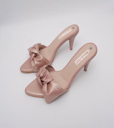 zapatillas de princesa en cuero